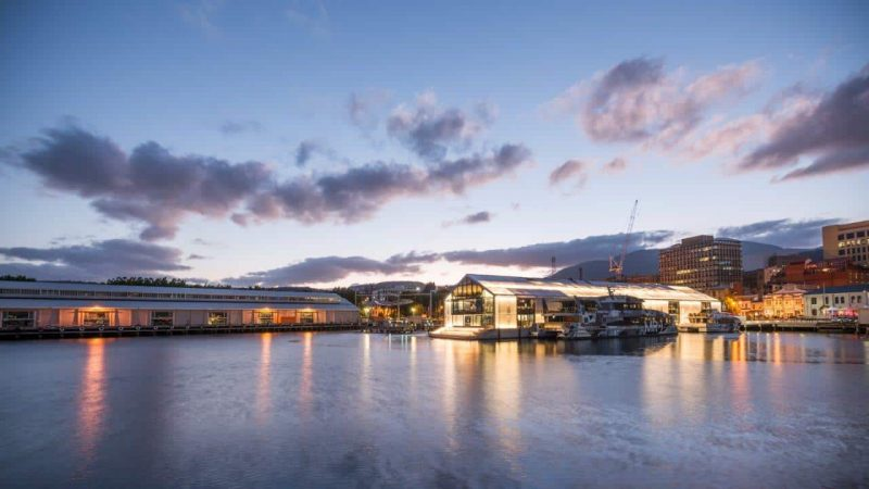 Brooke Street Pier, Tasmania designed by Circa Morris Nunn Architects - Everbright Facade, Everbright Roofing systems, 74mm thickness - clear polycarbonate sheets backlit at night