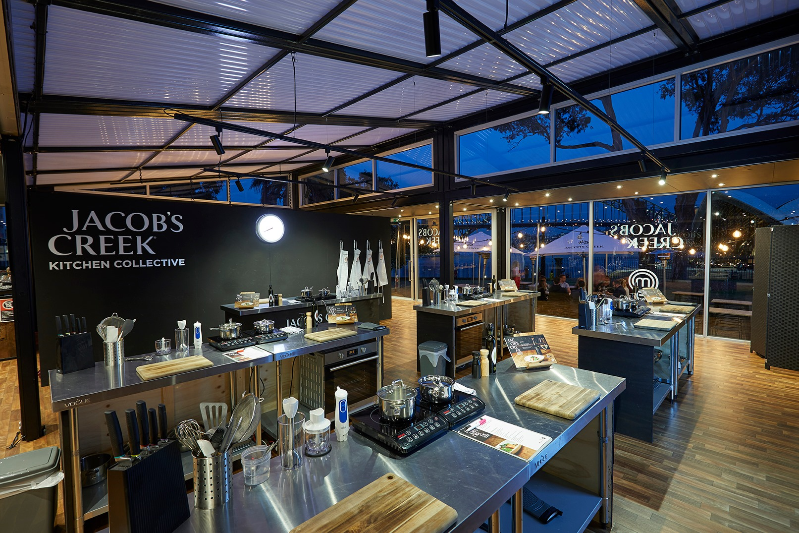 Jacob's Creek is 'Everbright' in Bennelong - Modular Architecture clear Danpal panels