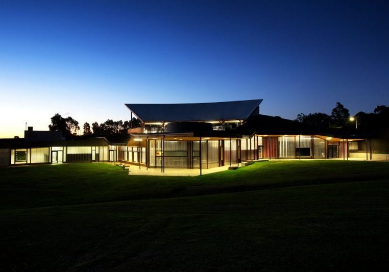 Australian Centre of Excellence Eureka Stockade showcasing the use of Danpalon Everbright interior wall cladding poly panels, illumination by night.